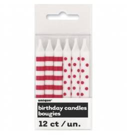 Rdeče svečke s pikami in črtami