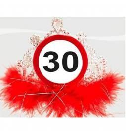 Tiara za 30. rojstni dan, Stop znak