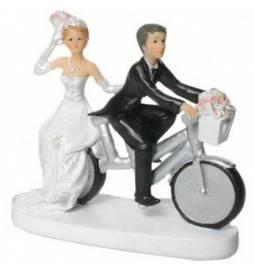 Poročni kipec Par na kolesu